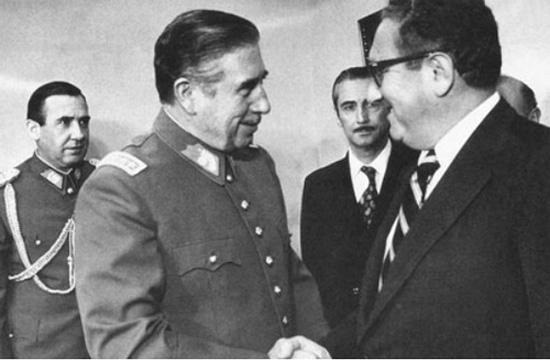 Pinochet-Henry Kissinger-golpes de estado-Guerra Fría-EEUU-fútbol-FIFA-Chile-URSS